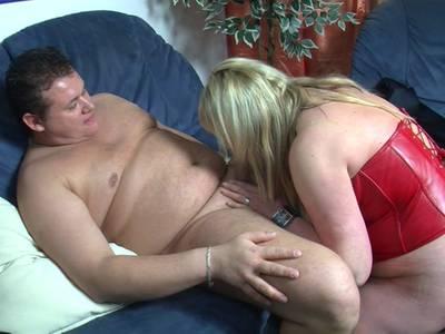 Sie sucht ihn erotic
