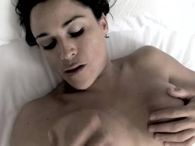 Der sexgeile Transen Mann nagelt dem Schwanz Luder die willige Arschgrotte